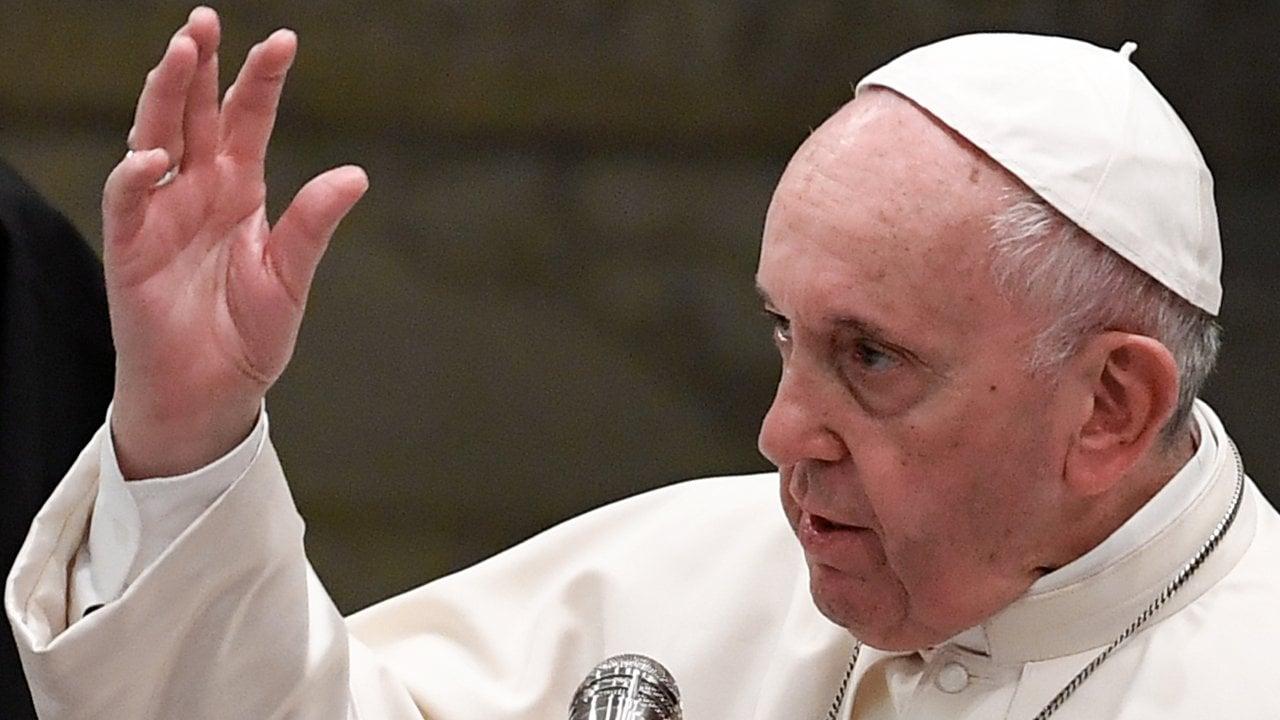Papa Francisco alerta sobre el retorno de emblemas y conductas nazis
