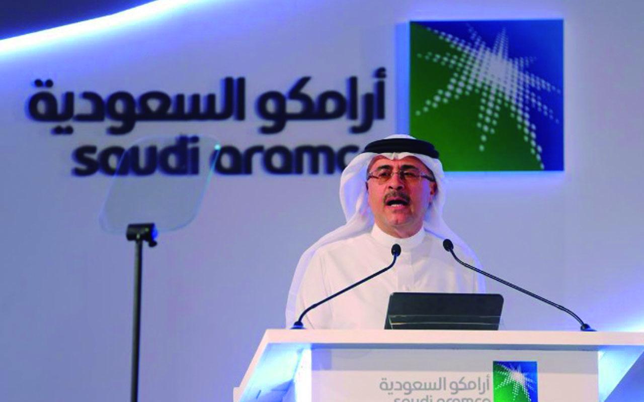 Petrolera Saudi Aramco anuncia salida a la Bolsa
