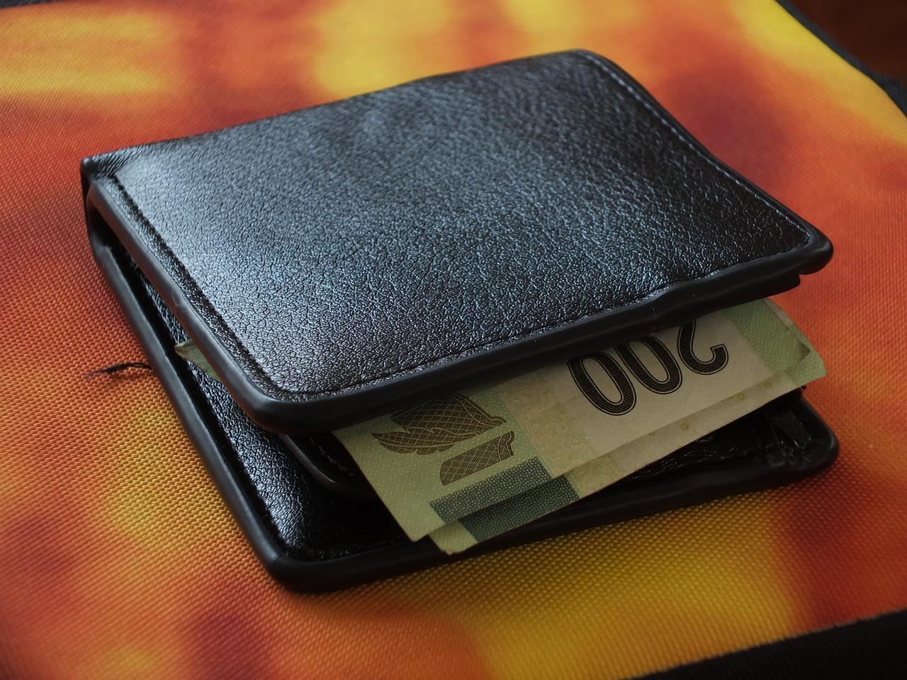 Identifica tus 'gastos hormiga' y haz algo al respecto, recomienda Condusef