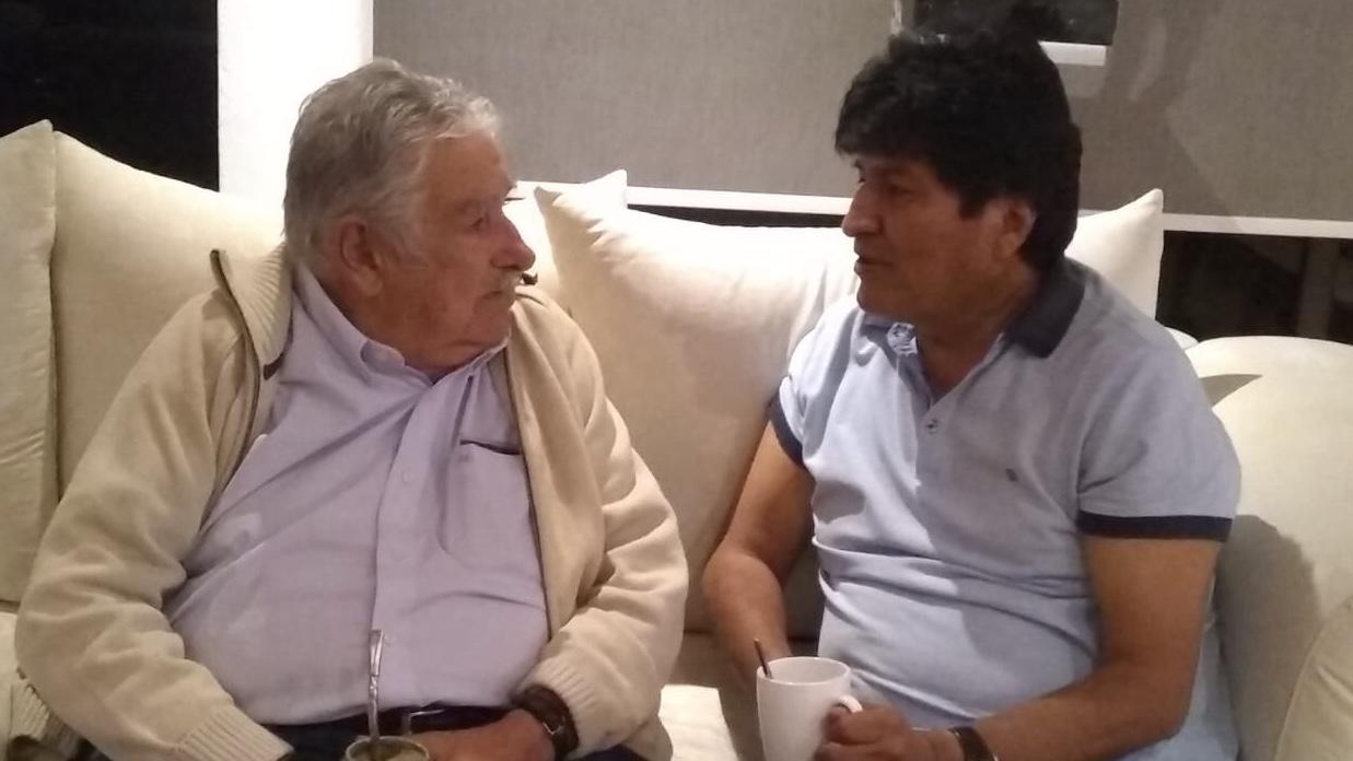 José Mujica visita a Evo Morales en México