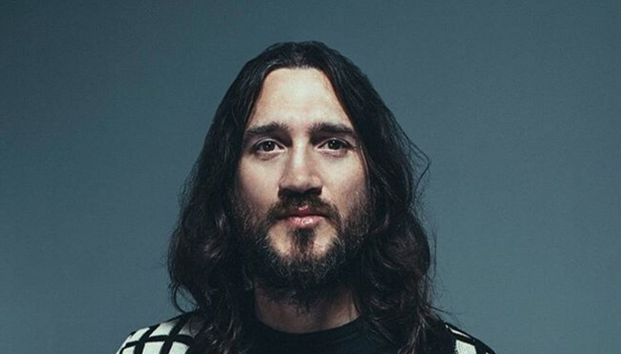 John Frusciante regresa a los Red Hot Chili Peppers
