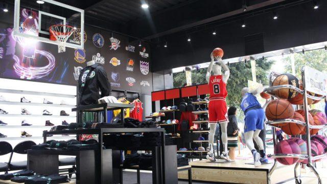La NBA abre su primera tienda oficial en la Ciudad de México