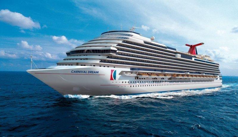 Dos mega cruceros de Carnival chocan en aguas del caribe