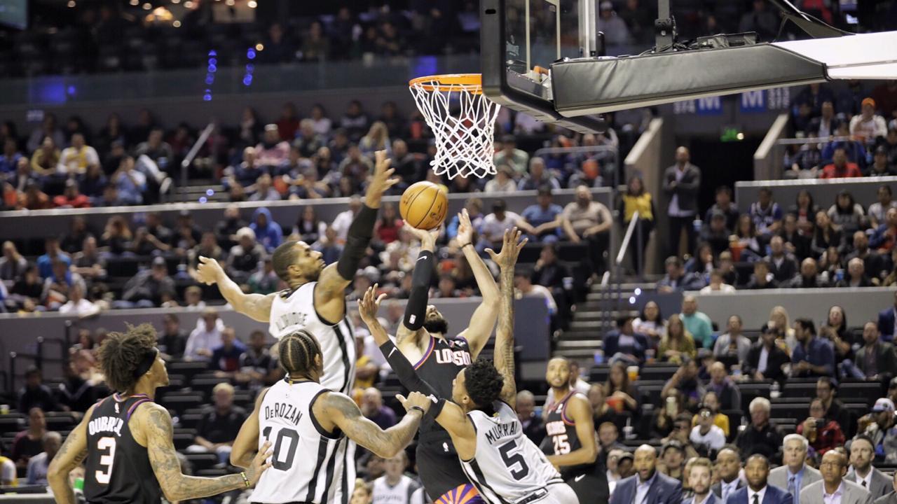Spurs y Suns deleitan a capitalinos con partidazo y tiempo extra