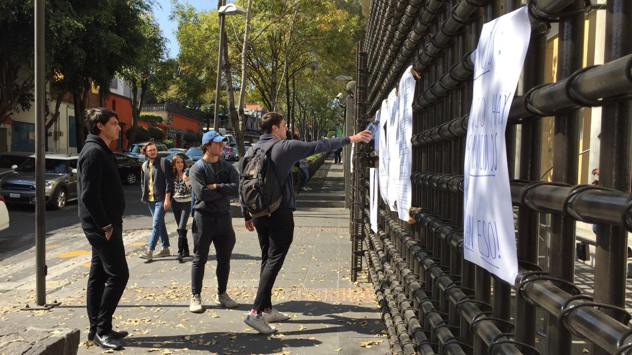 'ITAM, tu nombre tiene sangre', reclaman estudiantes; presentan pliego petitorio