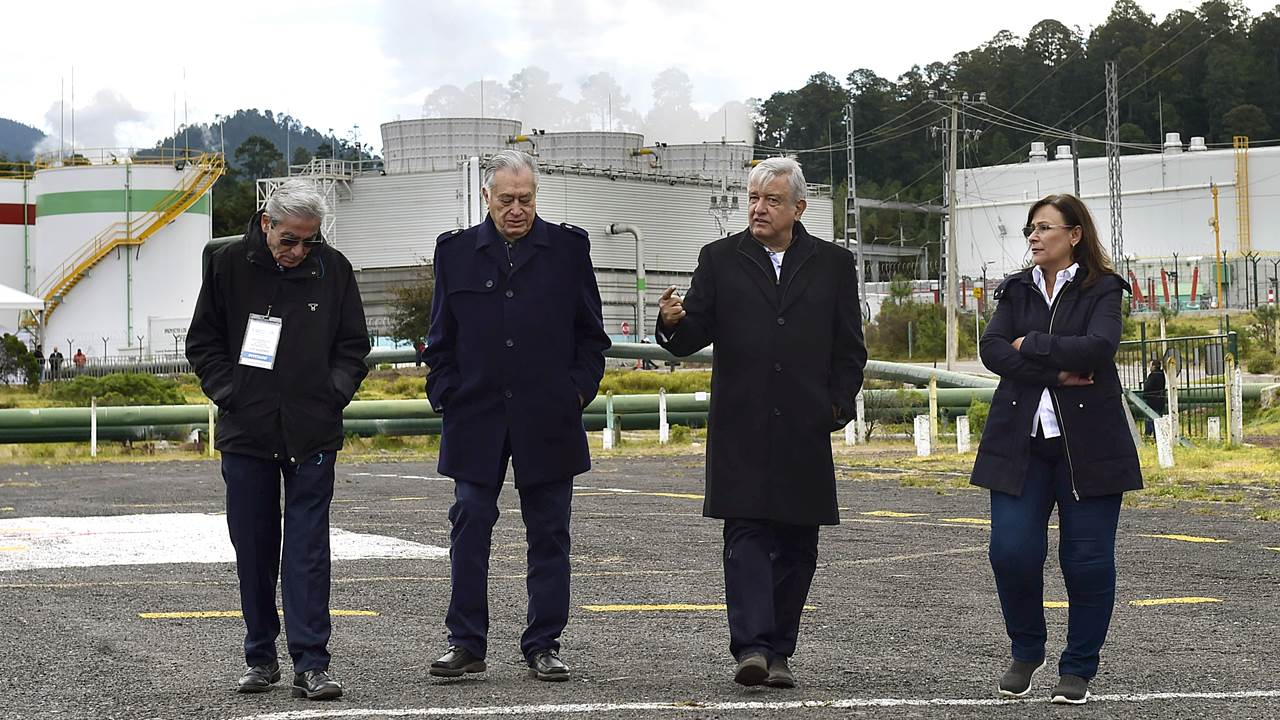 Por decreto, México priorizará plantas de CFE sobre centrales privadas