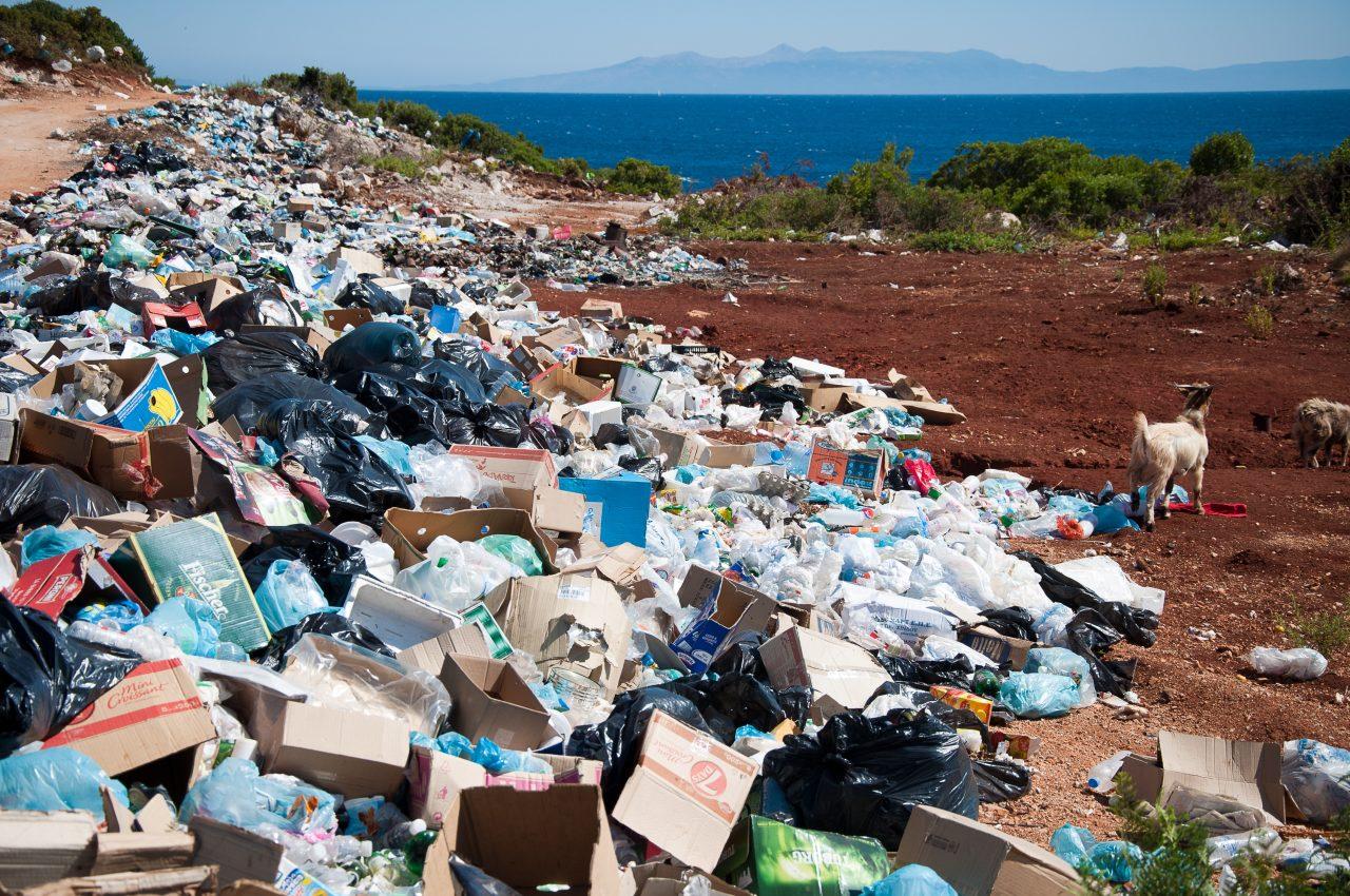 México recibiría toneladas de basura plástica de EU