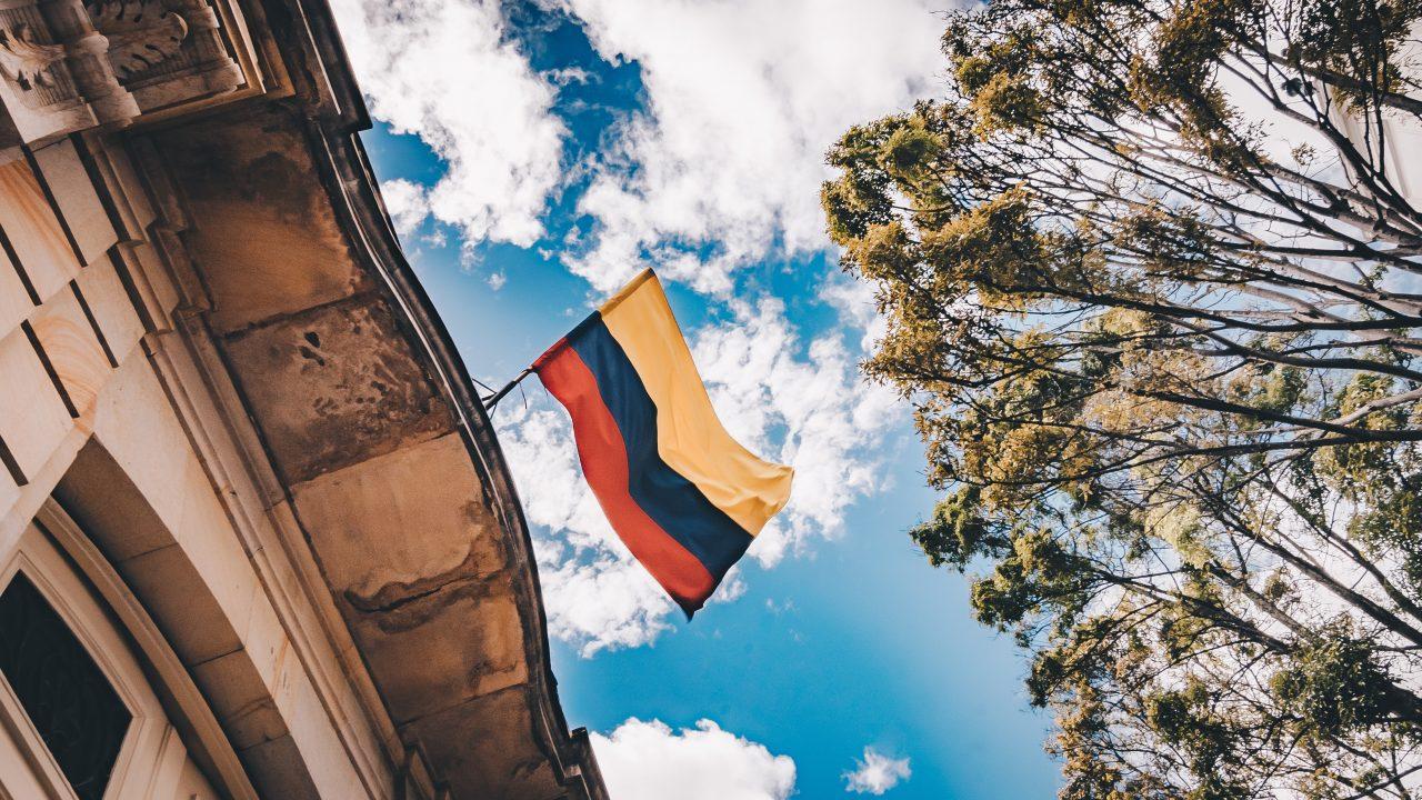 Colombia cierra frontera con Venezuela por Covid-19