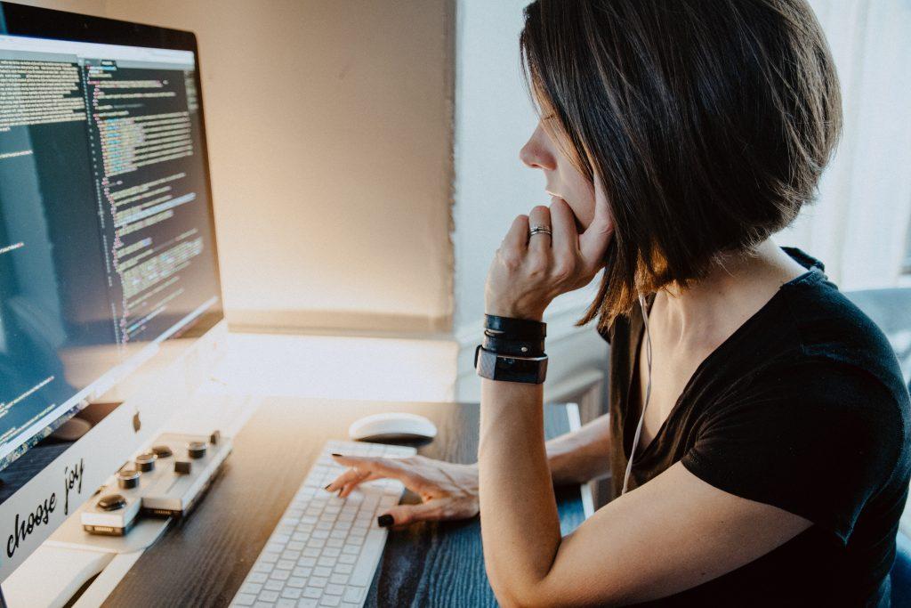 Estos son los empleos digitales que tendrán mayor demanda en 2021