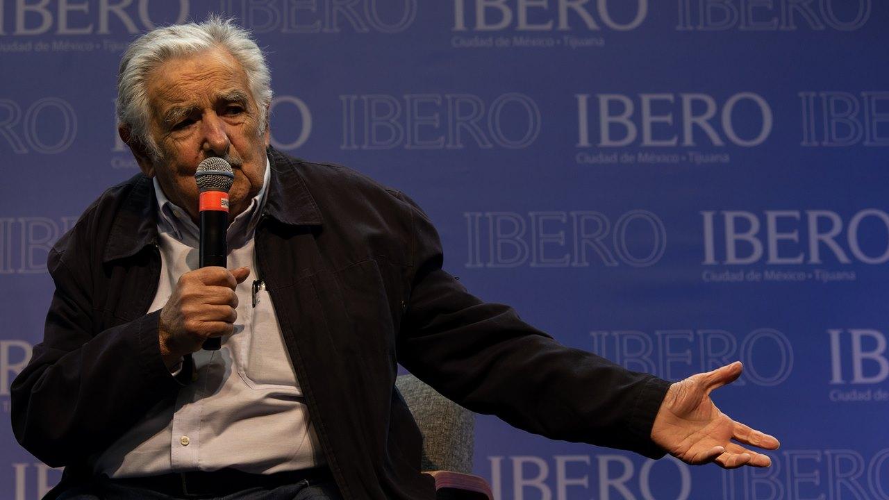 En el mundo que se reconfigura, América Latina separada no existe: Mujica