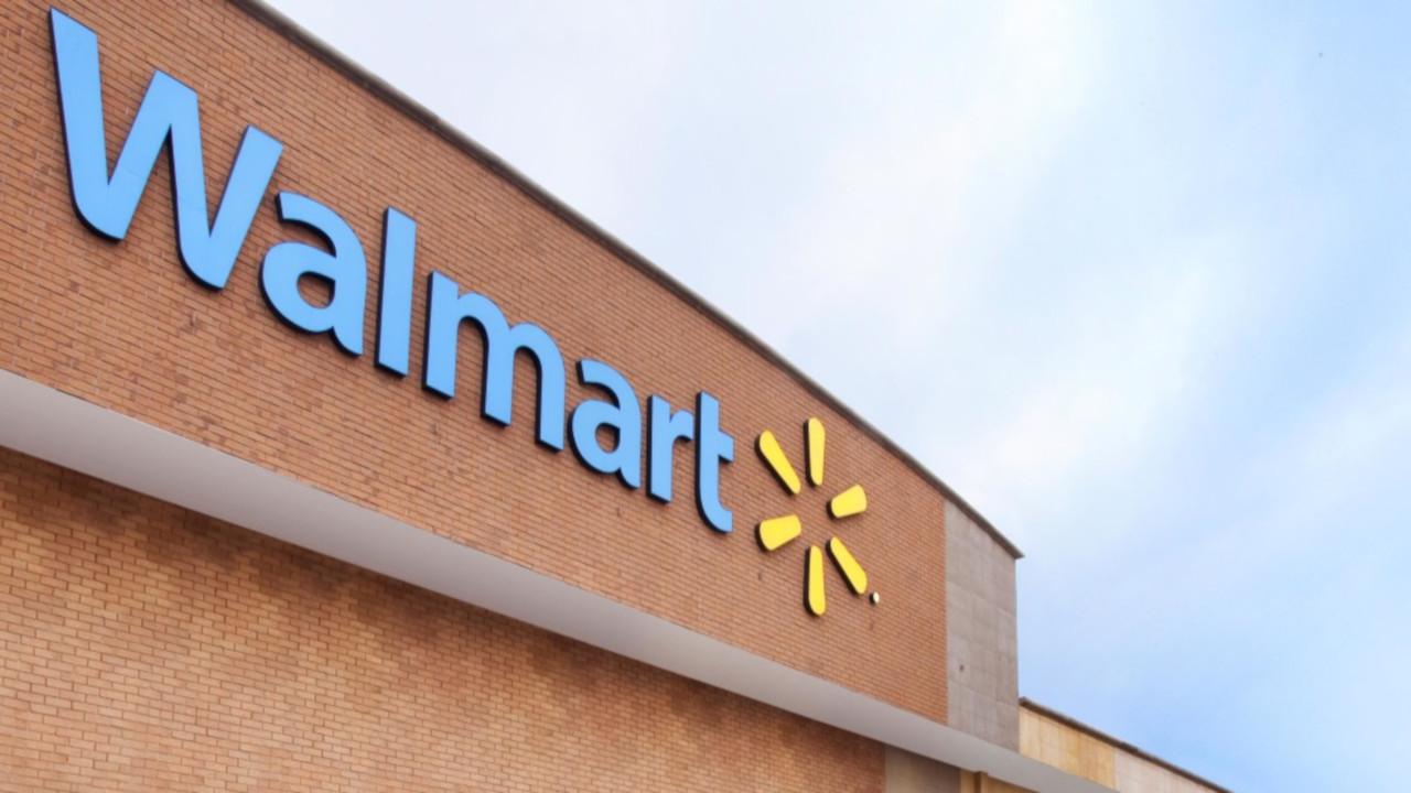 Estamos listos para cumplir ley contra outsourcing: Walmart