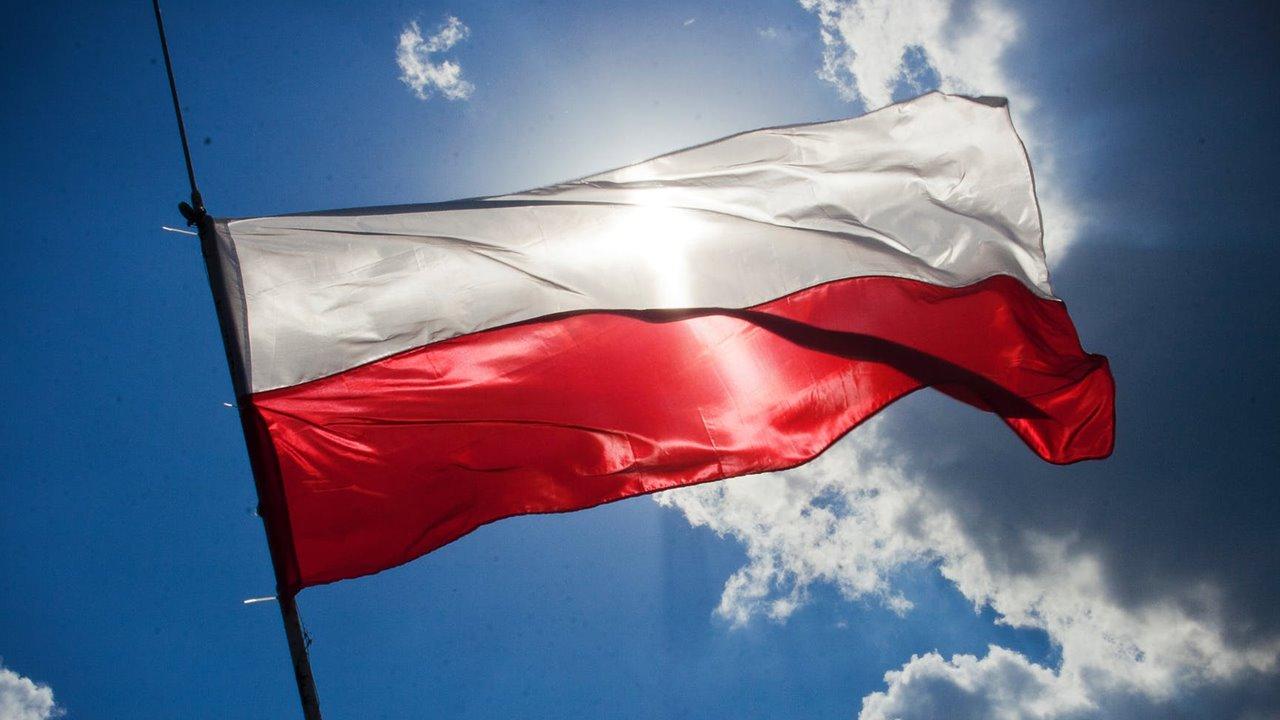 Tras el Brexit, ahora Polonia mira hacia afuera de la Unión Europea