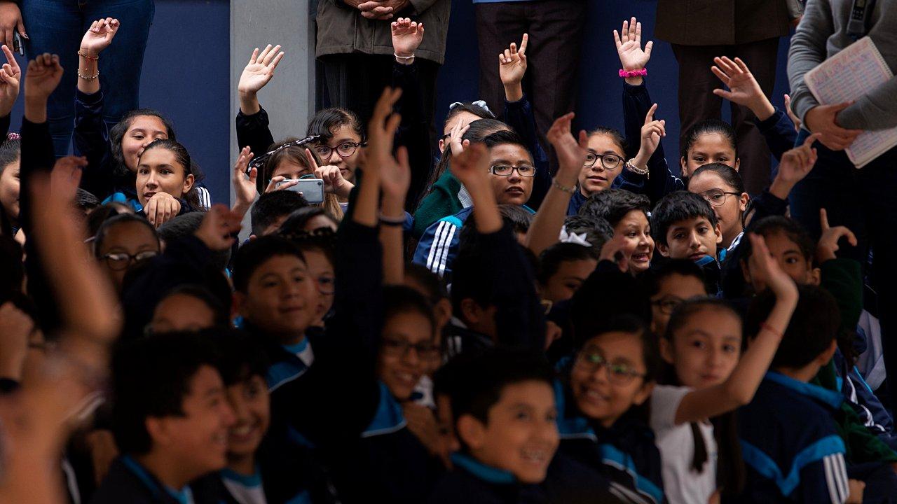 México y Francia promoverán el francés en secundarias