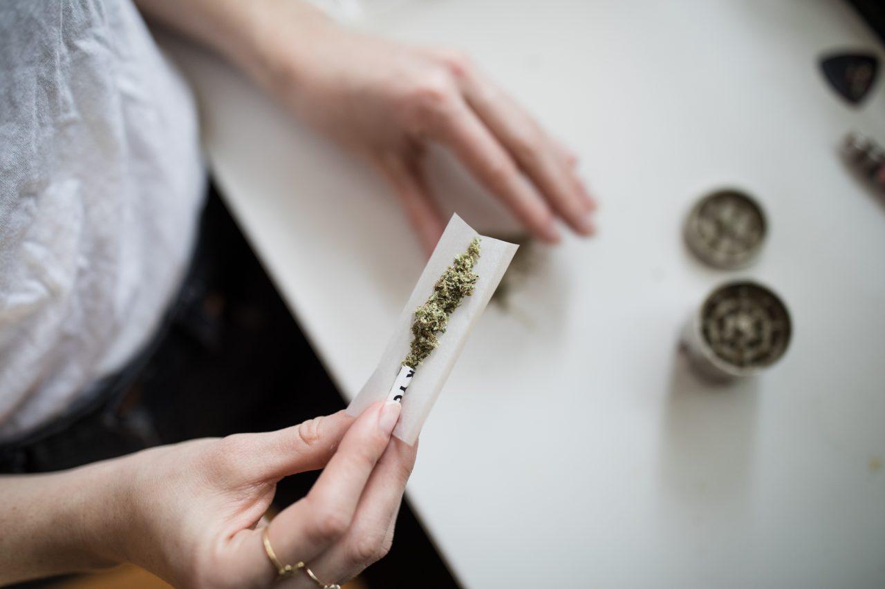 Comisiones del Senado aprueban el uso lúdico de la mariguana