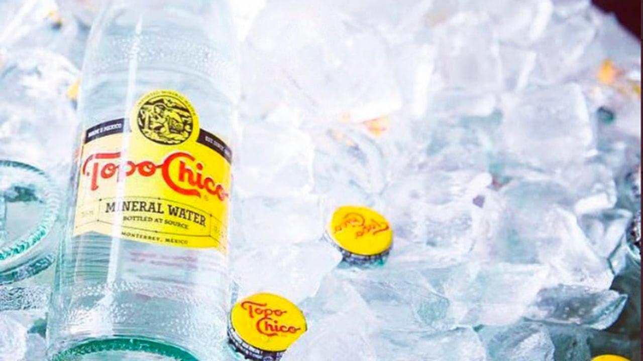 Agua mineral Topo Chico ya se vende en CDMX