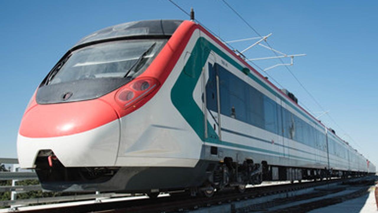AMLO revive plan del tren que Peña canceló por polémica con China