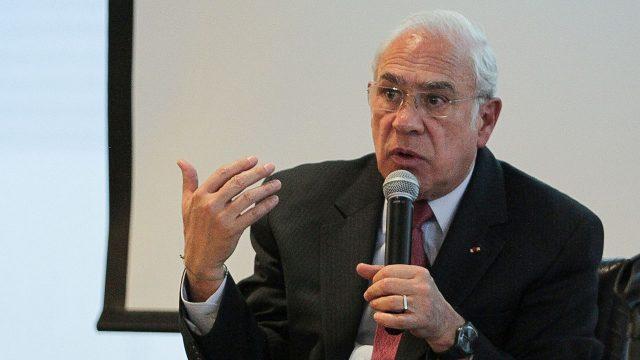 José Ángel Gurría inversión-salud-impuestos