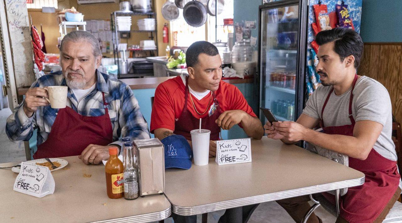 Joaquín Cosío protagoniza 'Gentefied', la nueva serie de Netflix