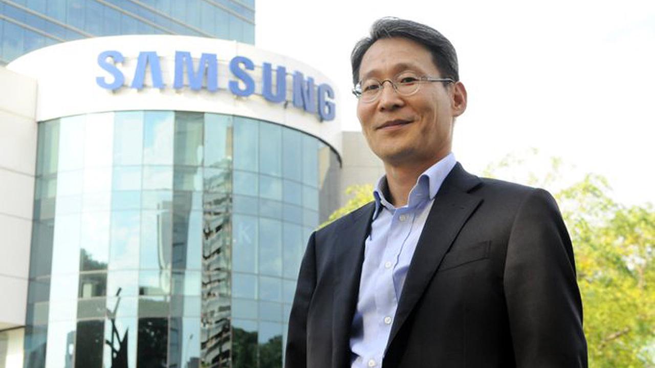 Samsung presenta a su nuevo CEO en México