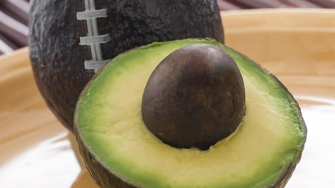 Super Bowl detona el consumo de aguacate… y también las heridas en manos