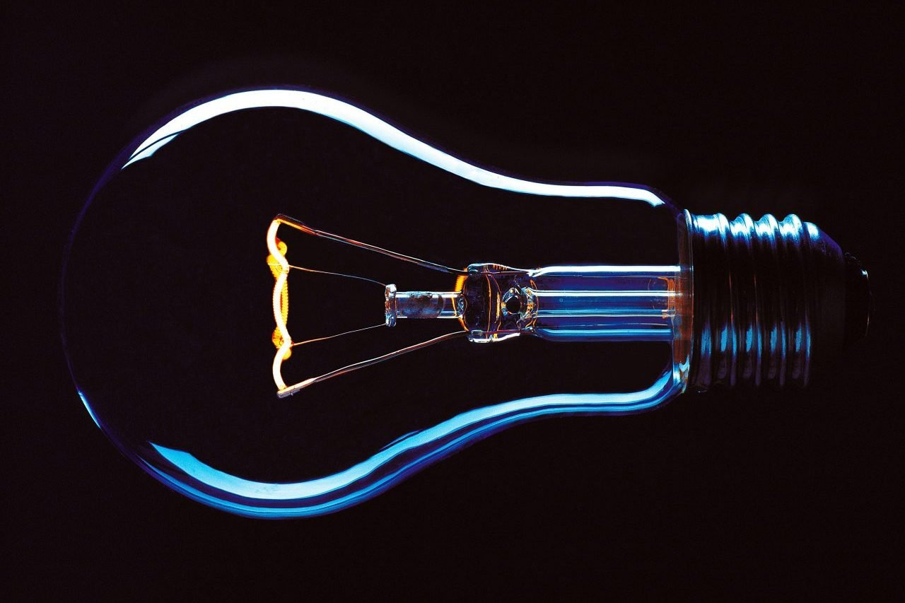 4 millones de hogares no pagaron la luz durante mayo
