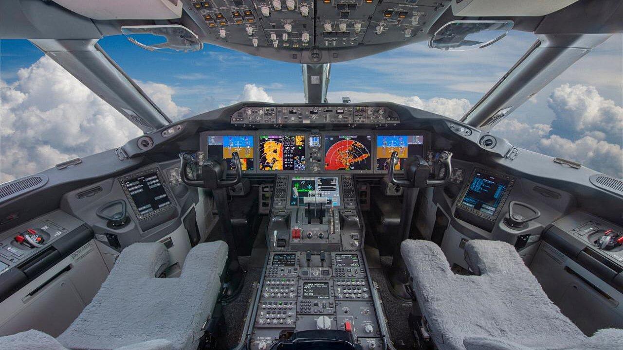 Venden avión presidencial… adquirido por Miguel de la Madrid