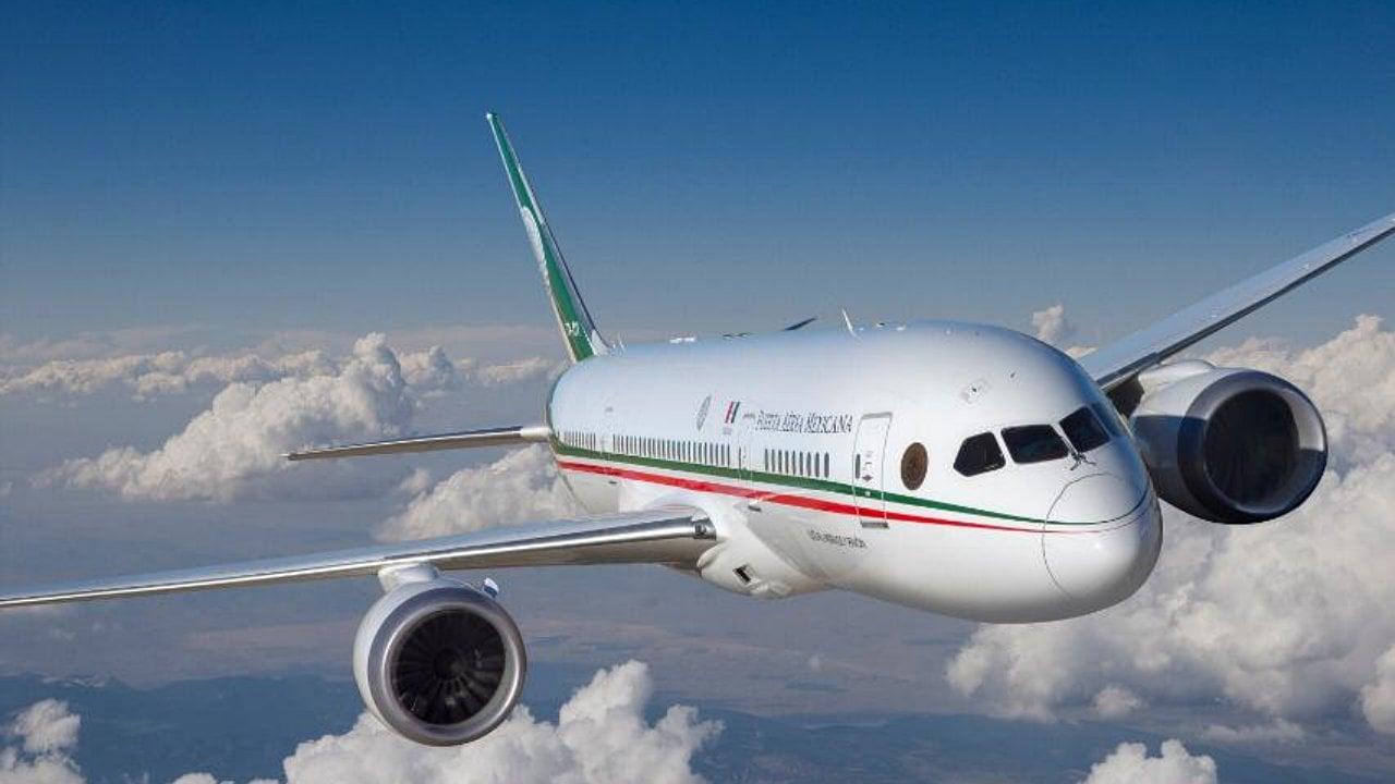 El avión presidencial regresará este miércoles al AICM para su venta