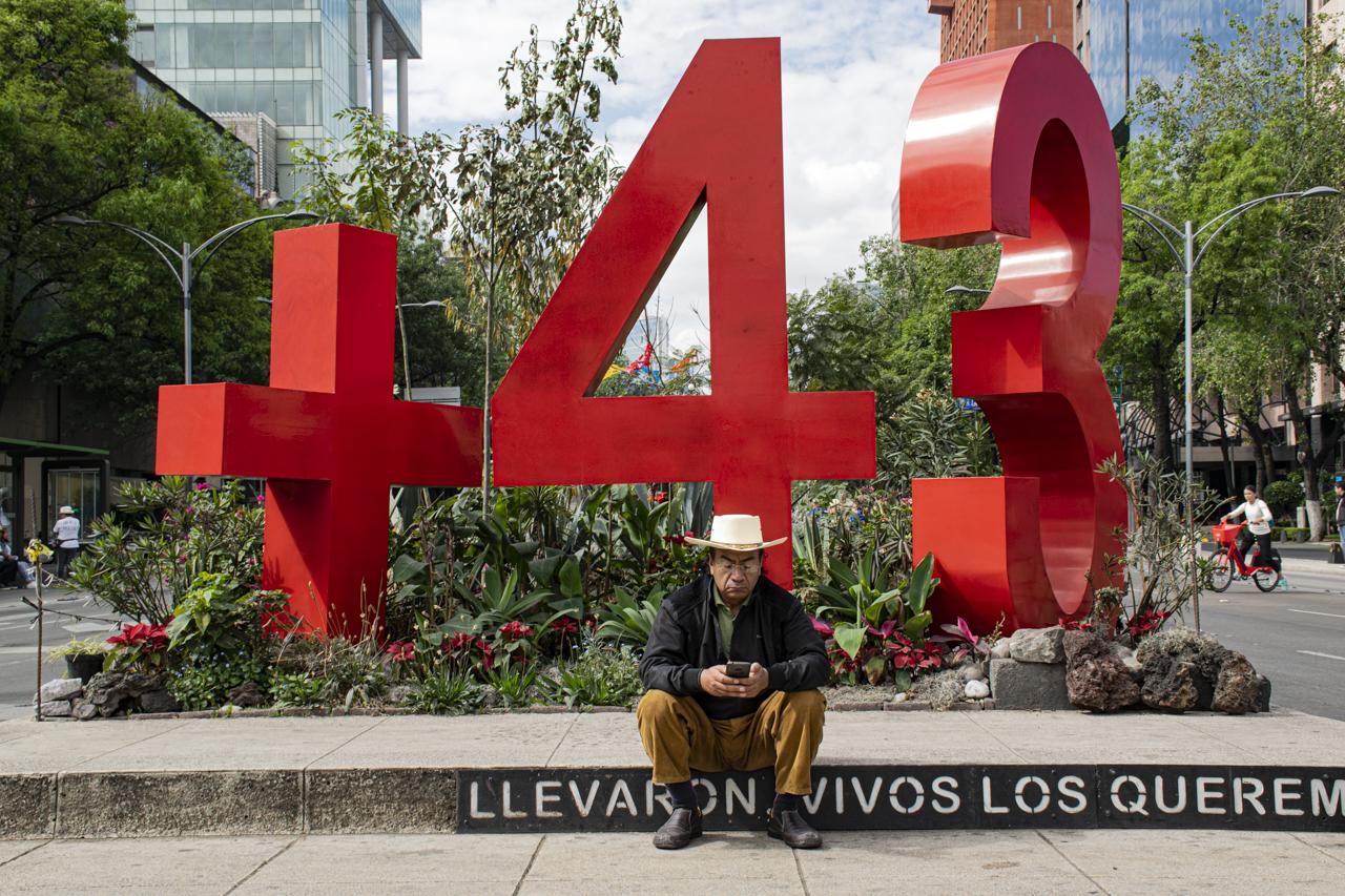 Caravana-Paz-Caminata-Verdad-Justicia-43-estudiantes-desaparecidos