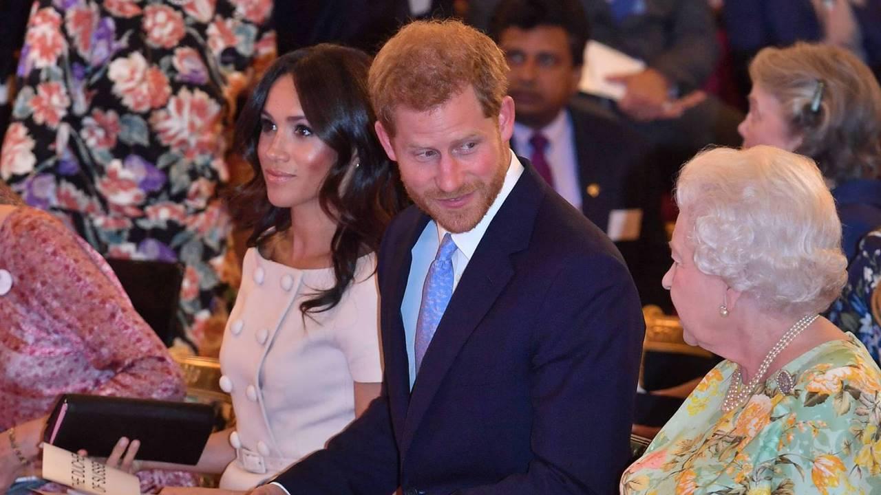 Prensa británica reacciona a la entrevista de Harry-Meghan con Oprah