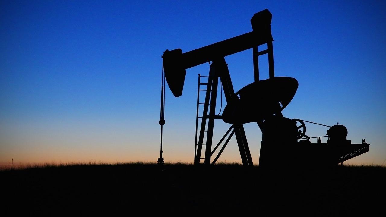 Los datos corrigen a AMLO: la IP produce mucho más petróleo de lo que él afirma