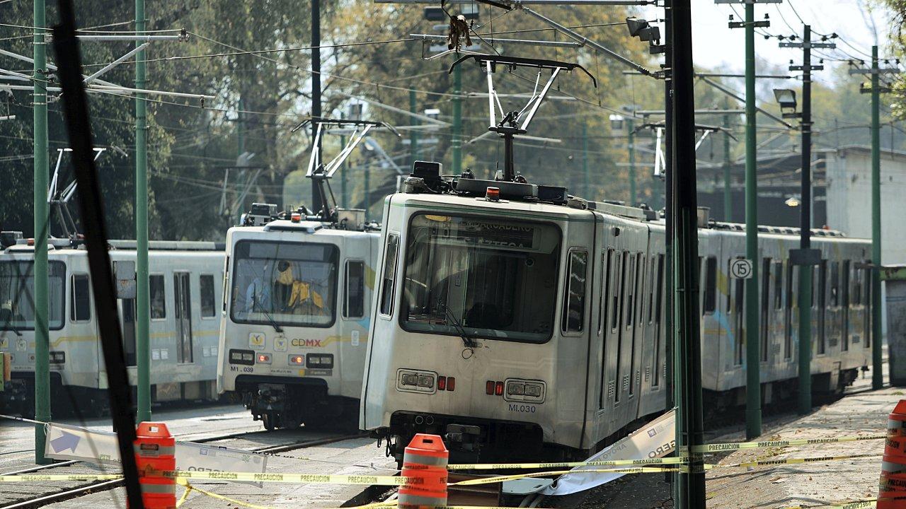 Tren Ligero reanuda servicio tras cierre de más de 6 meses