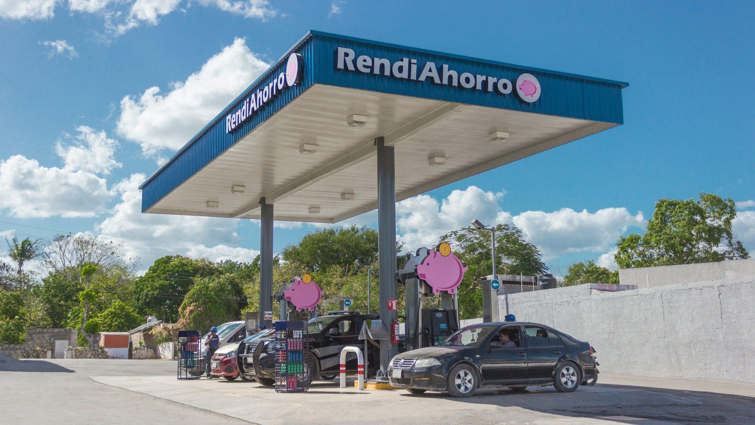 Este grupo gasolinero presenta marca inspirada en la 4T