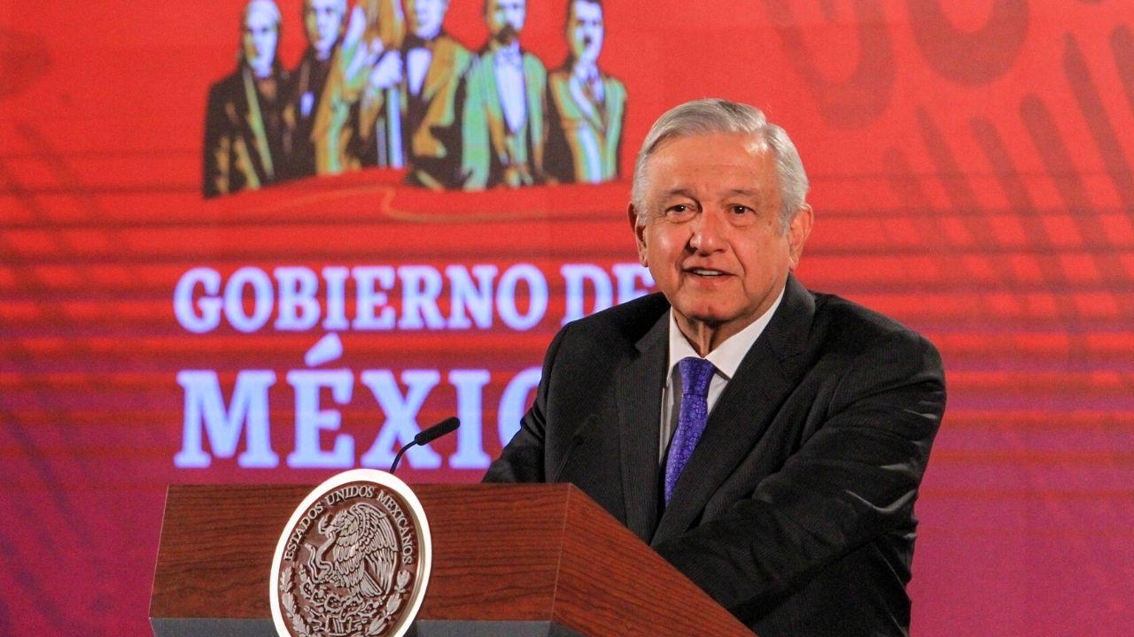 No sé si hay una investigación contra Peña Nieto como dijo el WSJ; no lo defiendo: AMLO