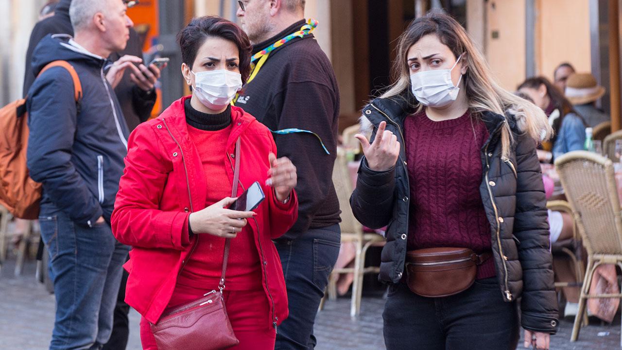 Para frenar coronavirus, 60 millones de personas en EU deben quedarse en casa