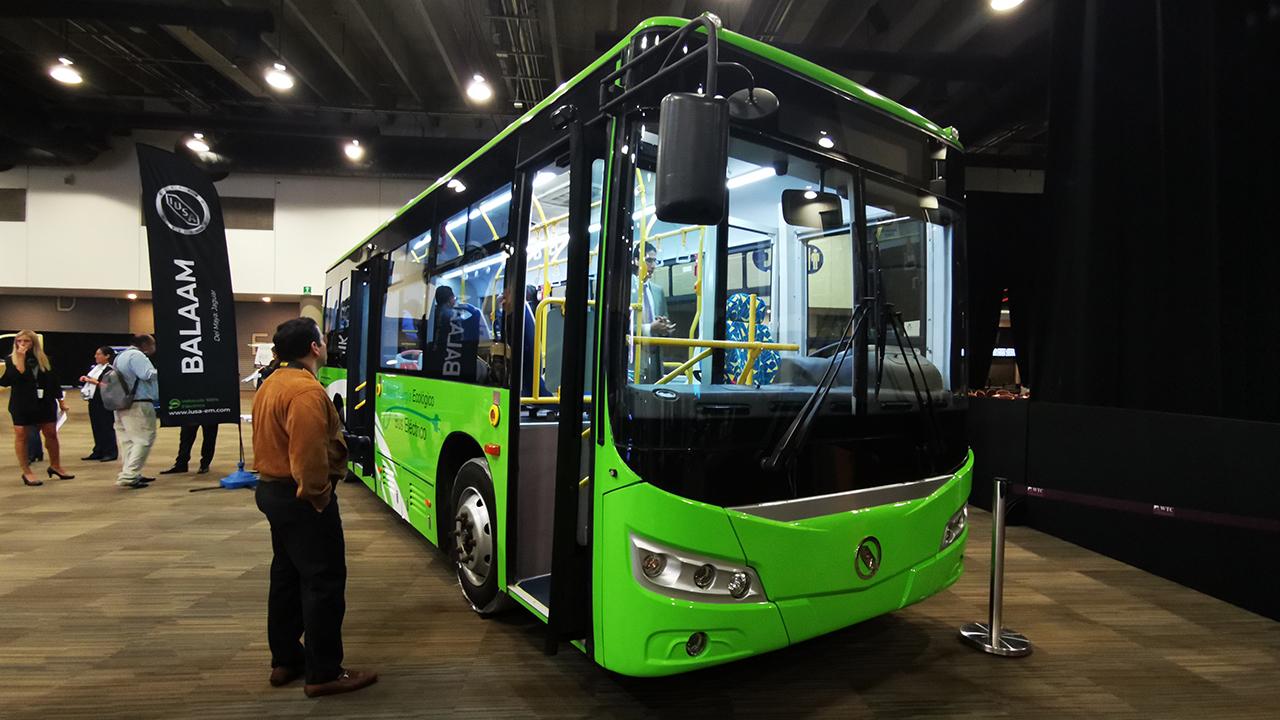 IUSA lanza su propia línea de autos eléctricos