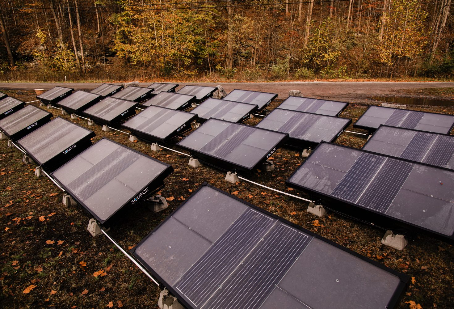 Hidropáneles solares que extraen agua del aire, ¿el futuro del agua potable?
