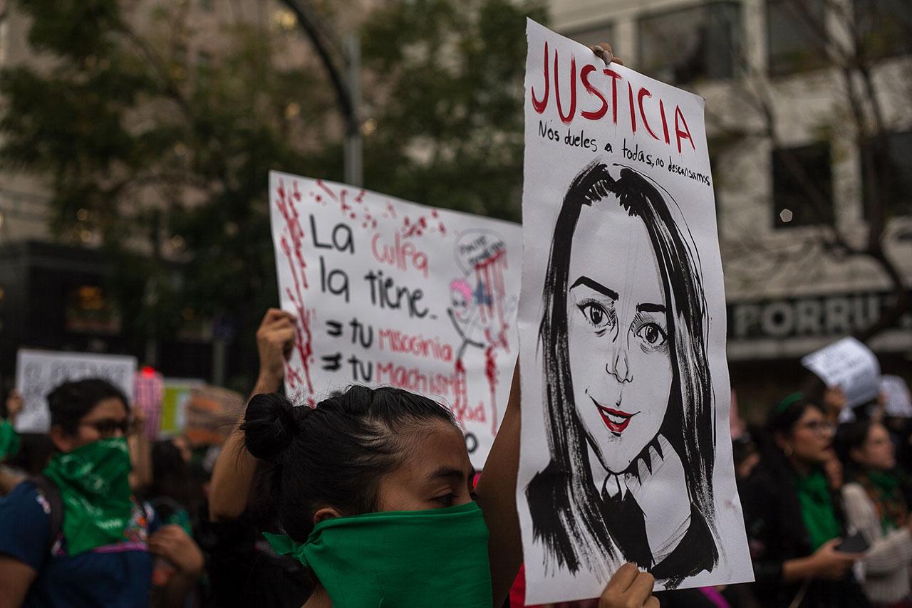 Feminicidios en México no cesan; mujeres protestan en redes sociales y en las calles
