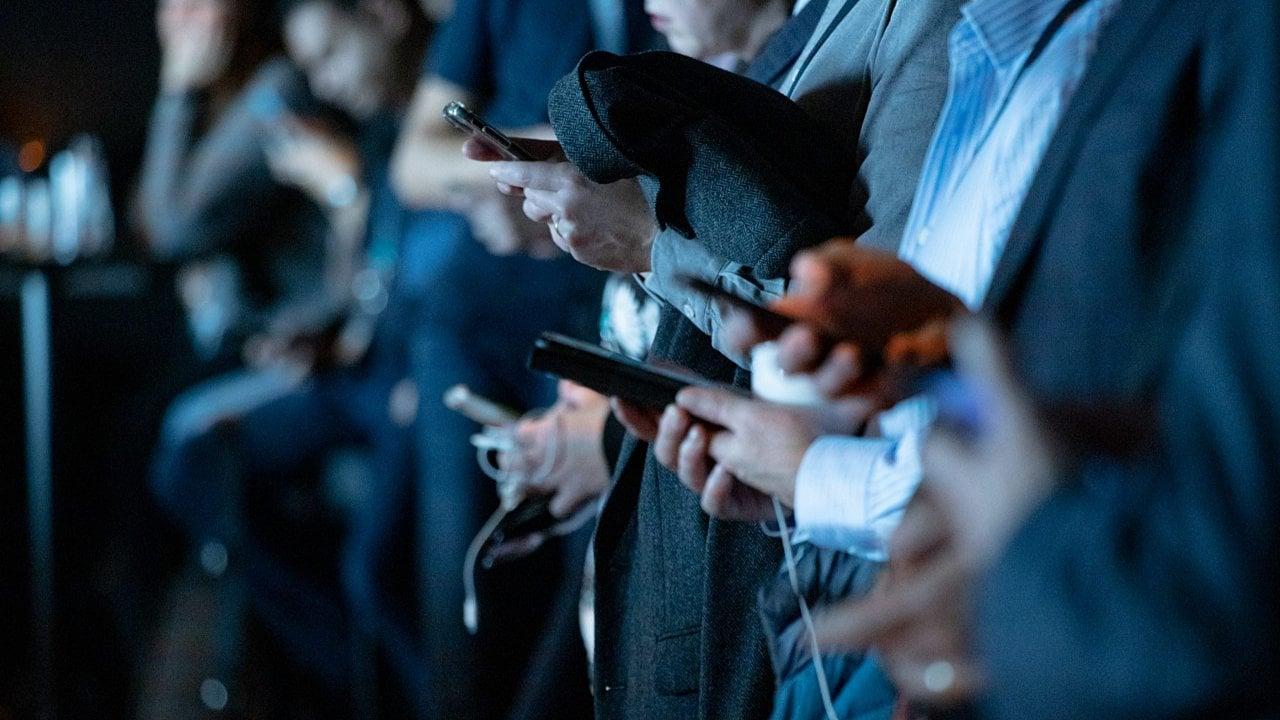 Coparmex CDMX ve amenaza en padrón de usuarios de telefonía