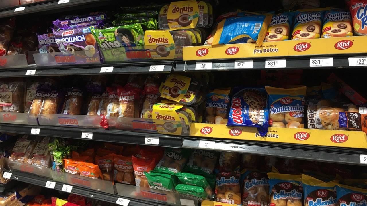 'Nos comemos el alimento, no el empaque'; piden ir más allá del nuevo etiquetado