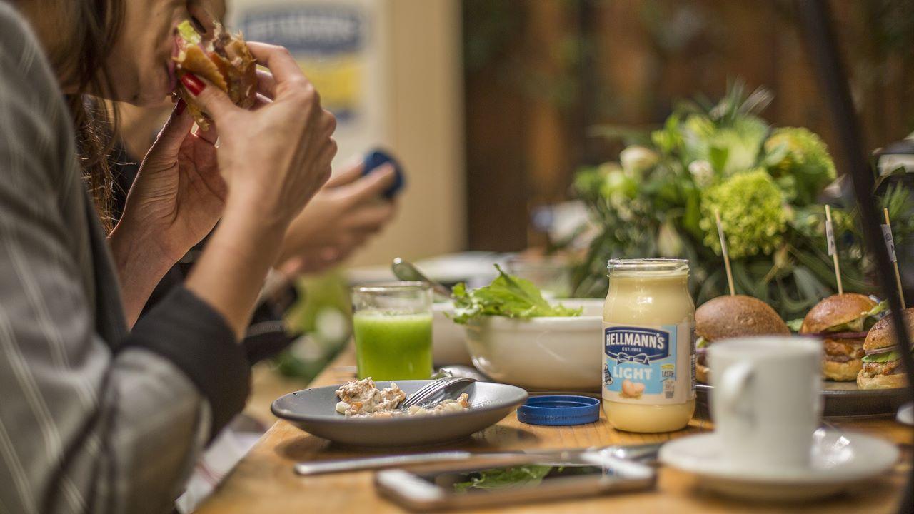 Hellmann's y eGo 'librarán' de 95% de PET nuevo a Unilever