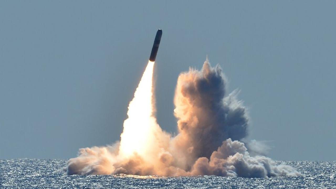 EU despliega armas nucleares en submarinos para 'disuadir' a Rusia