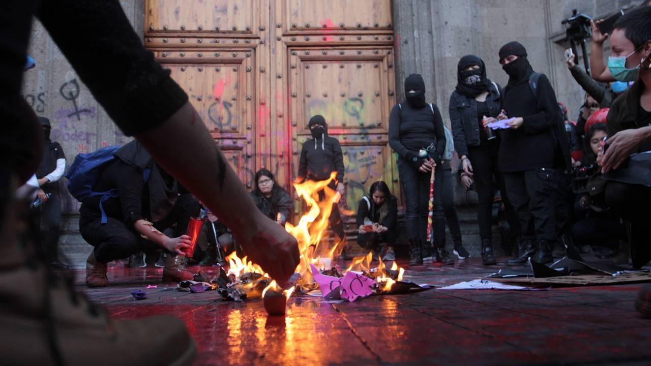 Feministas no están enojadas con el gobierno, sino con la violencia que sufren: Sánchez Cordero