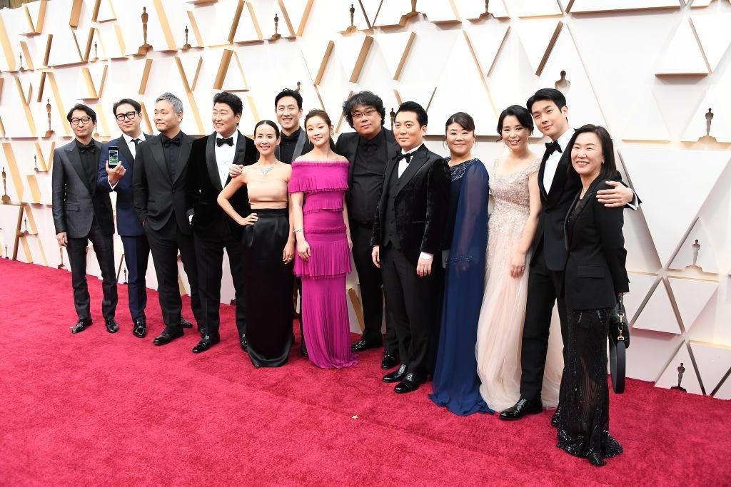 'Parasite' hace historia y es la Mejor Película del Oscar 2020