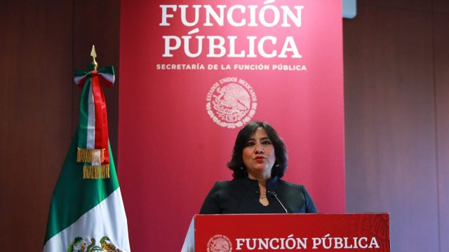Función Pública sanciona a Mireles por comentarios despectivos a ...