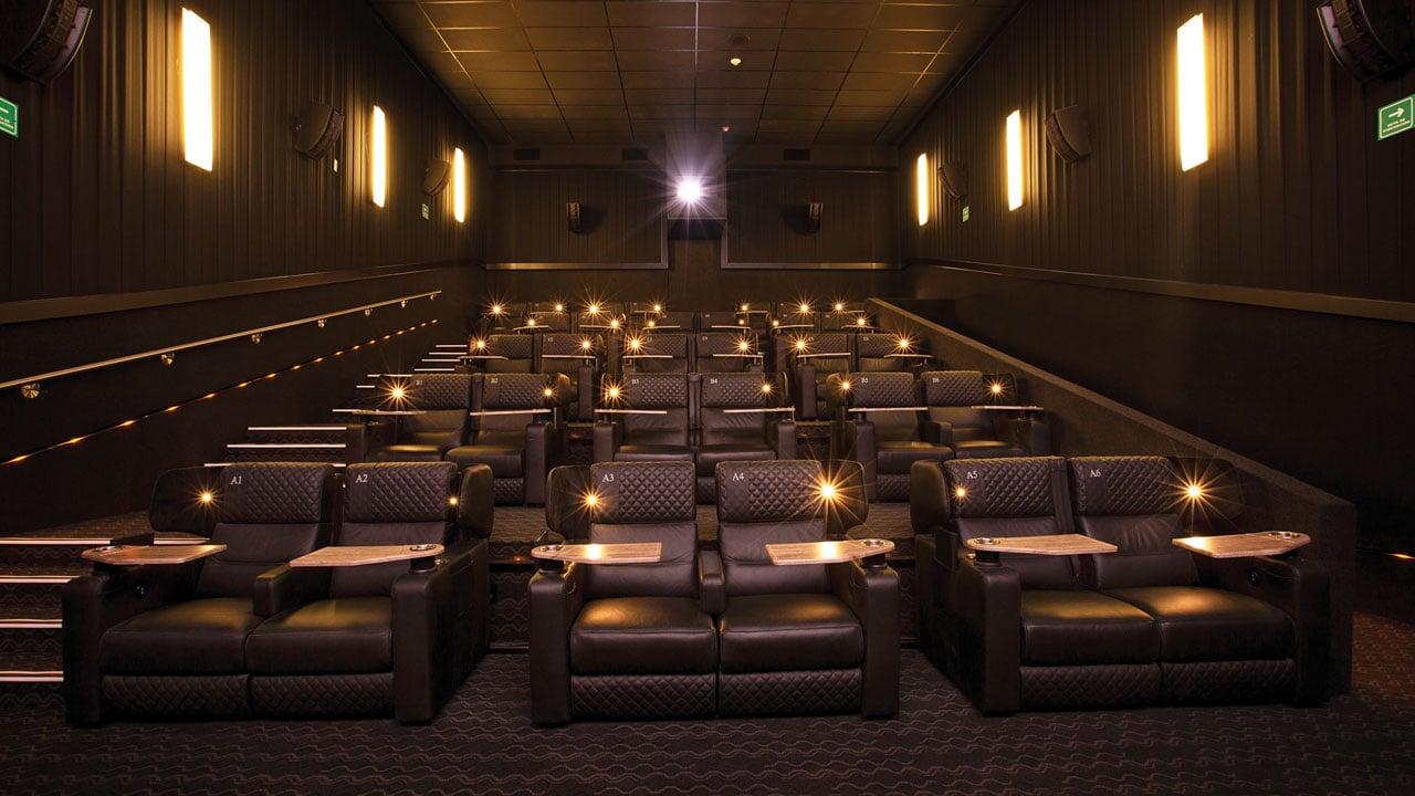 Cine en la nueva normalidad: Cinemex te renta una sala por 700 pesos