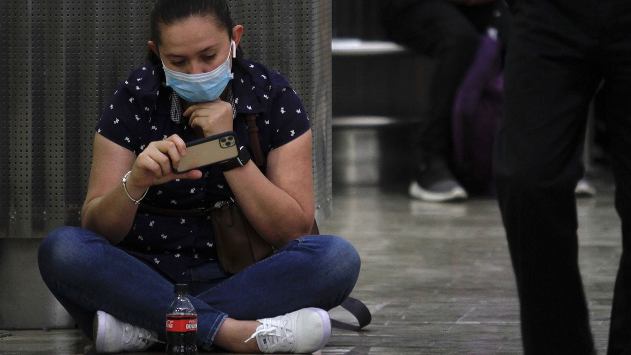 Alcohol en gel, máscaras y lavado de manos, lo que más buscan los mexicanos en Google