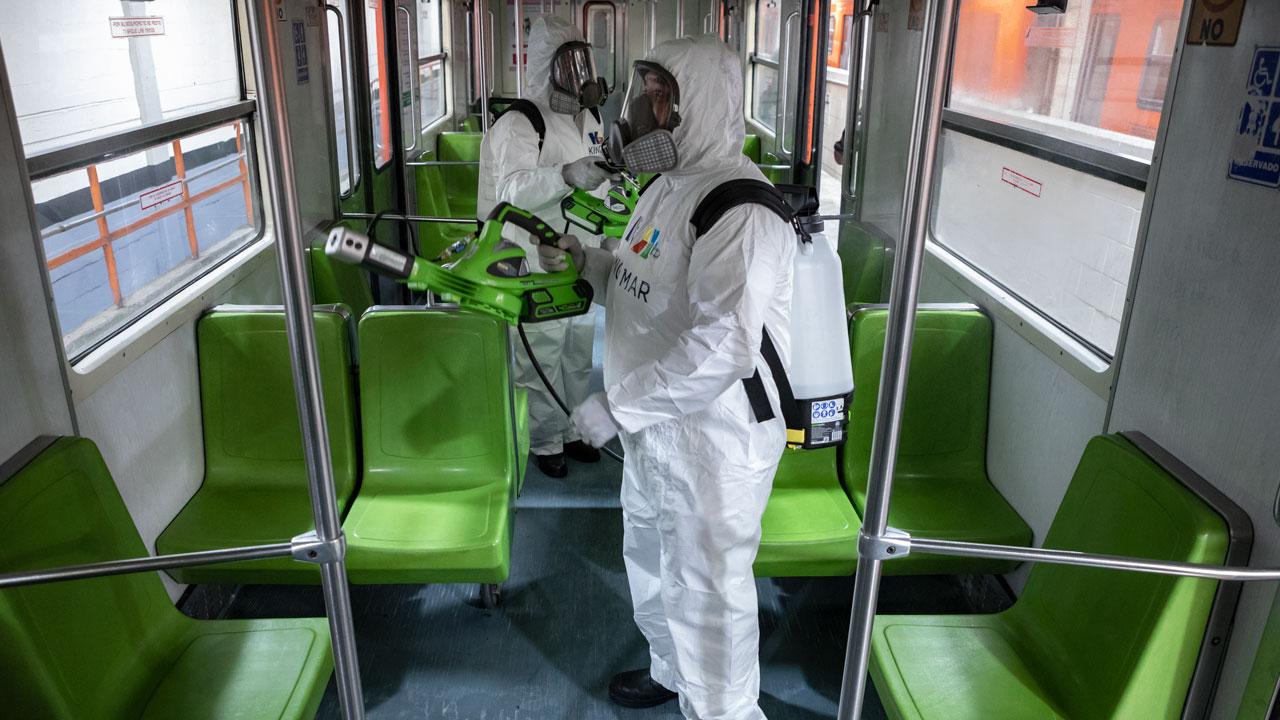 Fotogalería | Coronavirus, la limpieza y desinfección en el Metro de la CDMX.