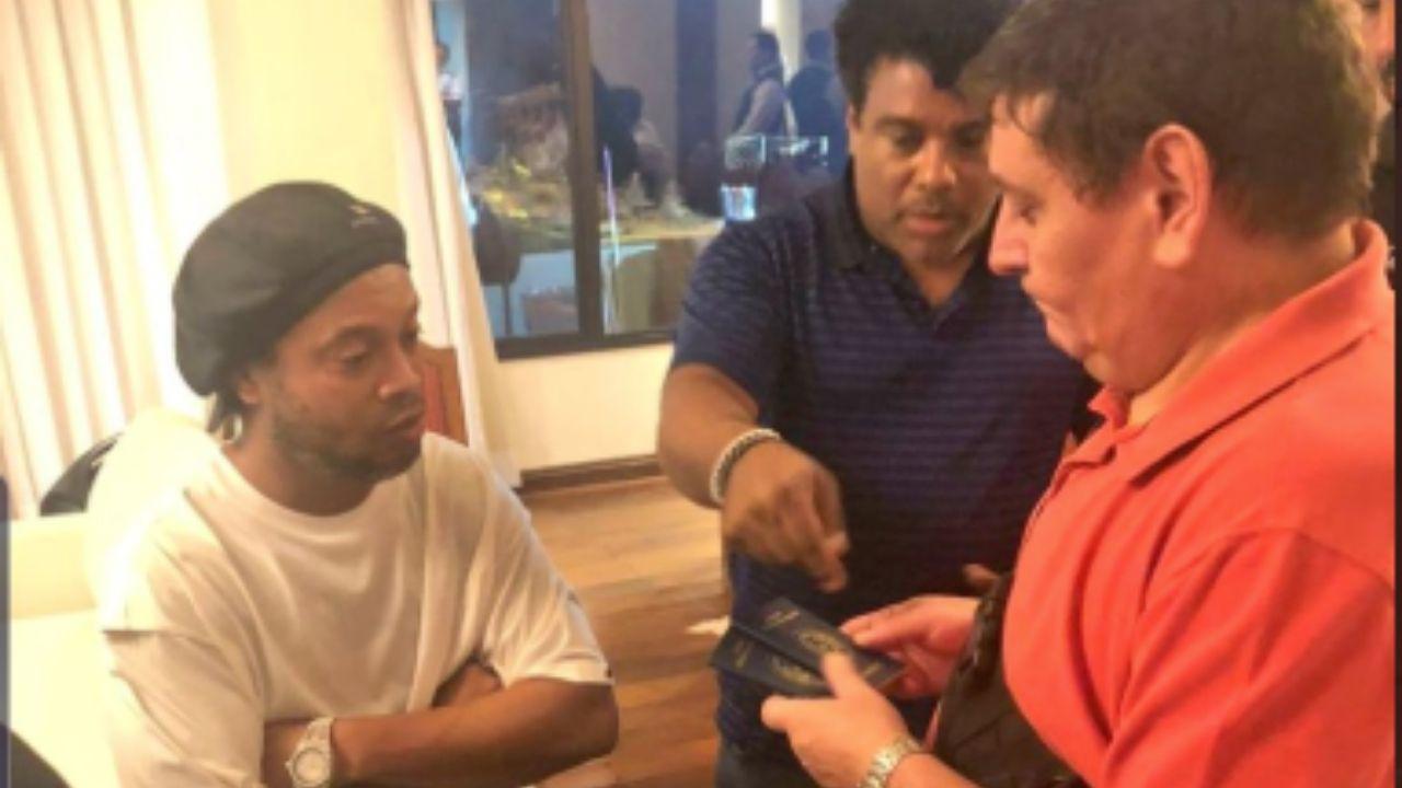 Ronaldinho: de valer más de 92 mdd a ser investigado por posesión de documentos falsos