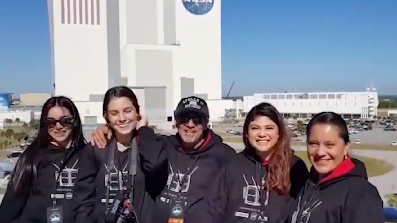 Reconoce la NASA a estudiantes mexicanos por su trabajo en nanosatélite
