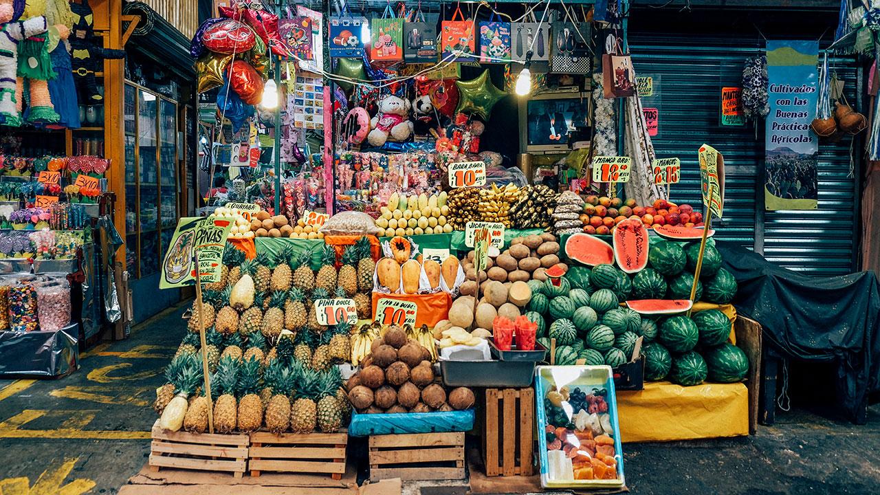 'Tienditas' de la esquina, la opción más segura para abastecerse en cuarentena